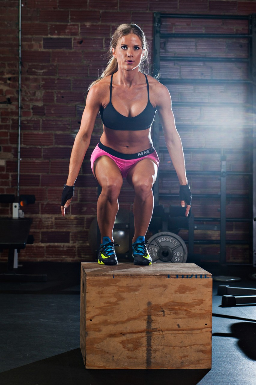 Kayla Fassio Fitness Model based in Oklahoma.   Fit women working out. Performing box jumps using a plyo box.  Kenneth M. Ruggiano is a portrait photographer living in Tulsa, Oklahoma